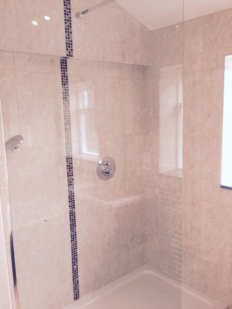 Contemporary Bathroom Installation SE8