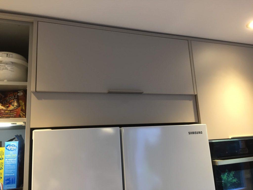 Handle less kitchen Installation SE6