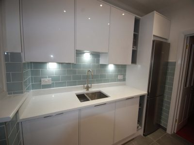 Handle less and Handled Kitchen Installation Beckenham