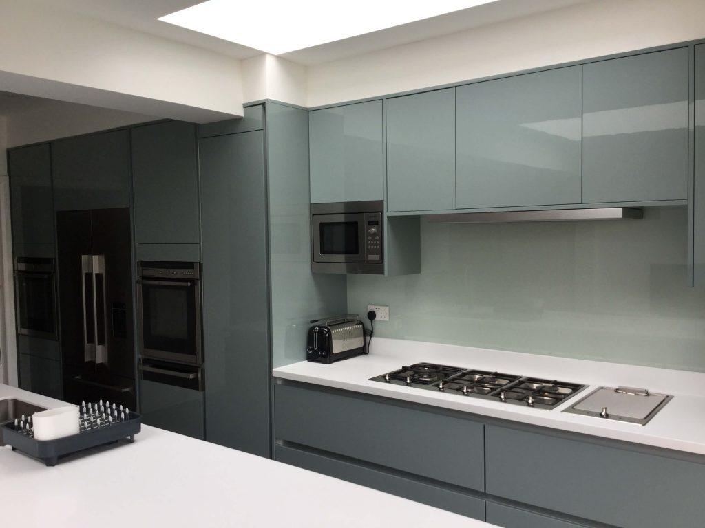 Handle Less Kitchen St Johns Park Blackheath - Complete ...